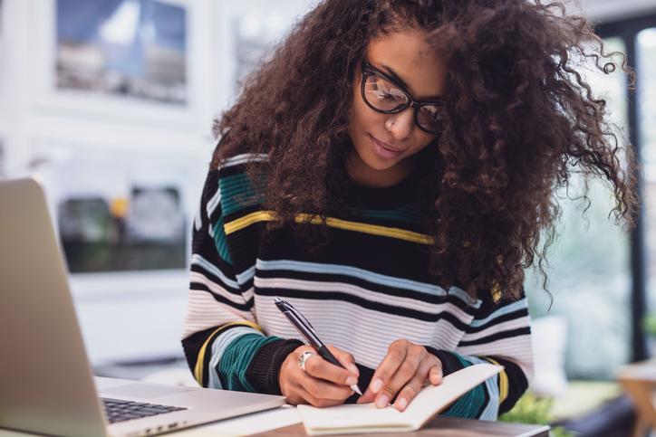 E-diploma saiba o que é e quais suas vantagens